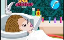 Играть онлайн Винкс Муза в парикмахерской бесплатно