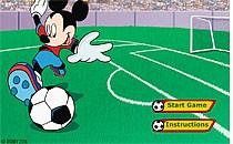 Играть онлайн Микки Маус играет в футбол бесплатно