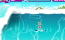Играть онлайн Барби катается на серфе бесплатно