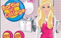 Играть онлайн Барби готовится к колледжу бесплатно