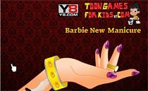 Играть онлайн Барби делает маникюр бесплатно