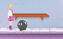 Играть онлайн Барби в школе для девочек бесплатно