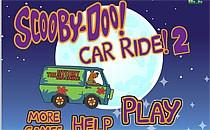 Играть онлайн Скуби Ду гоняет на автобусе бесплатно